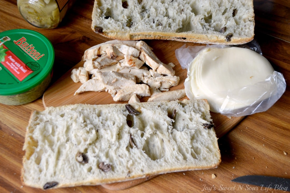 Chicken Artichoke Step 1. This Tuscan inspired sandwich is a wonderful blend of flavors that's perfect for a quick lunch, Boasting a perfect balance of sweet and savory.