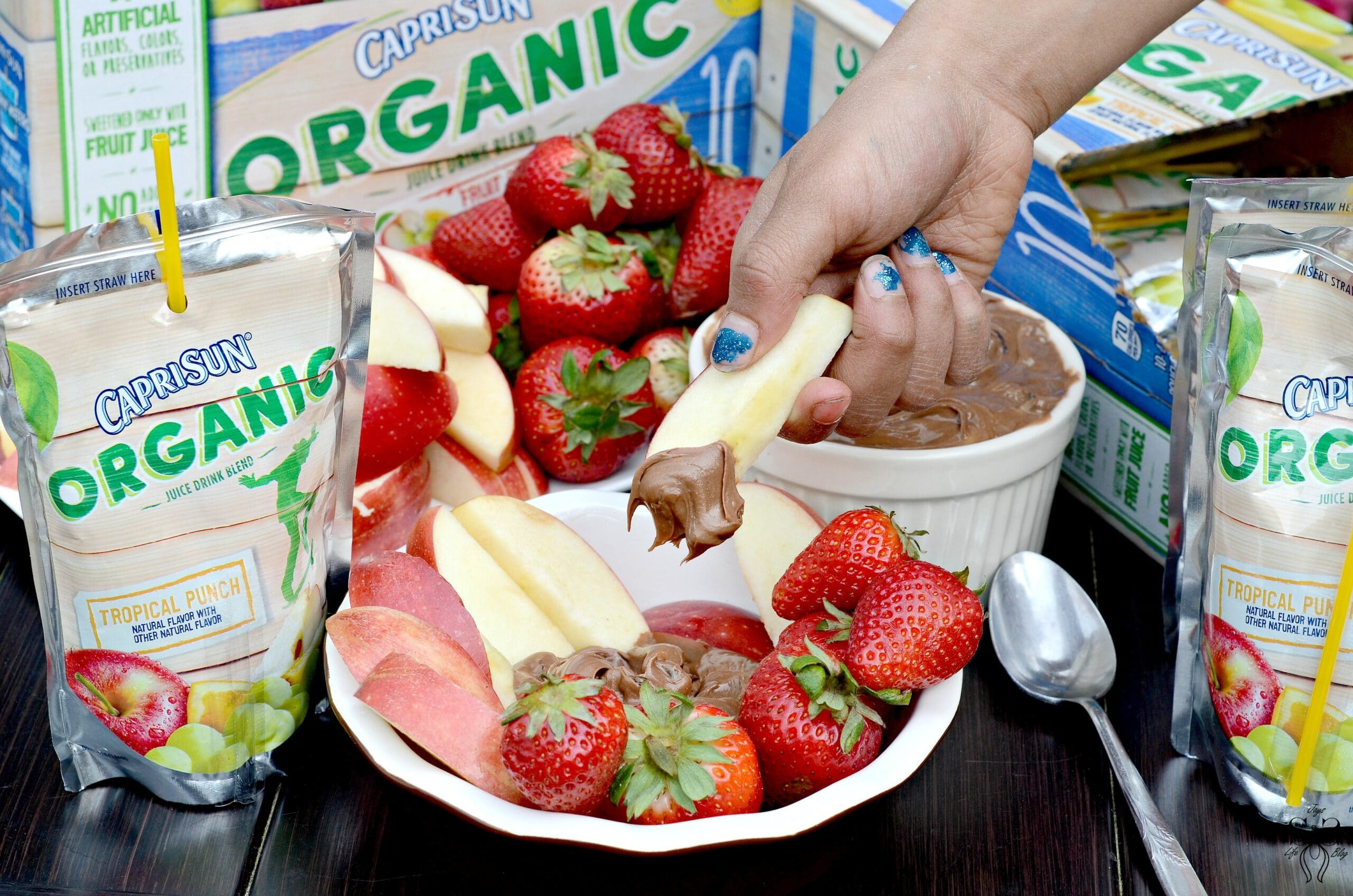 This 3 ingredients Chocolate Fruit Dip is the perfect snack to take with you on the go for family time at the park. It's a delicious refreshing summertime snack that won't weigh you down on a hot summer day.