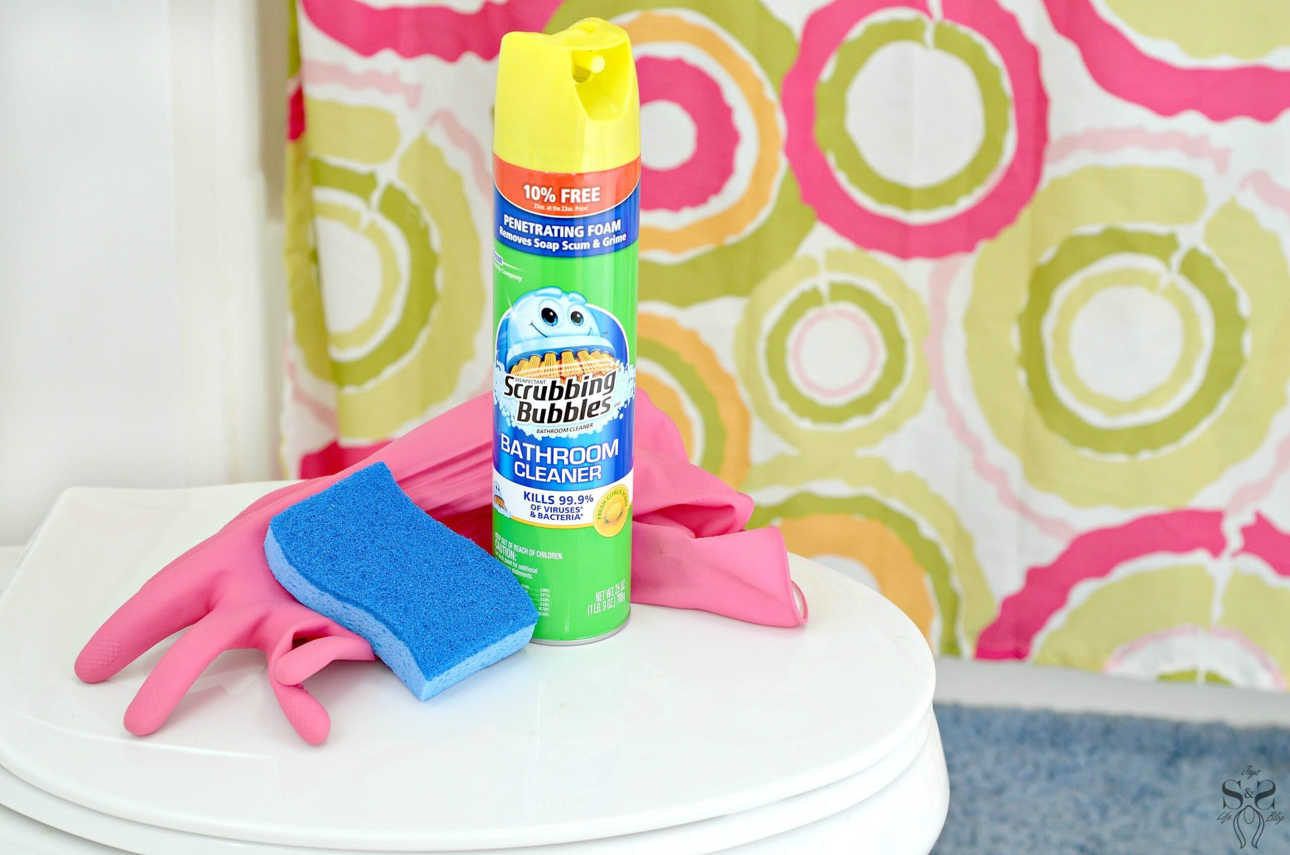 3 Simple Steps to Spring Clean Your Bathroom or Family Bathroom!