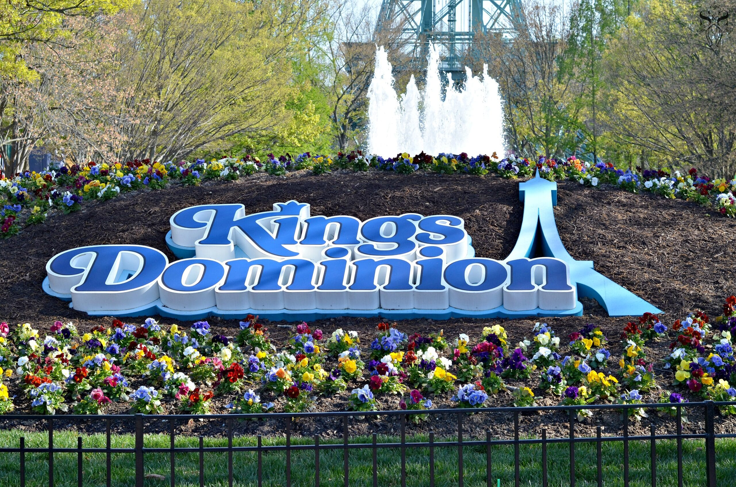 Family Fun At The Kings Dominion Spring Bloom Festival