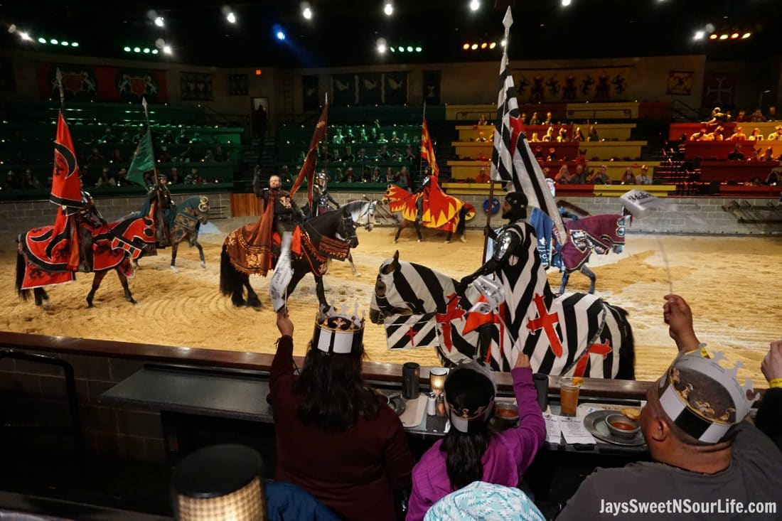 Medieval Times Dinner and Tournament is a family dinner theater featuring staged medieval-style games, sword-fighting, and dhow4ev6xyrb.mlal Times Entertainment, the holding company, is headquartered in Irving, Texas.. There are nine locations, of which eight in the United States are built as replica 11th-century castles and one is located in Toronto, Ontario, Canada inside the CNE Government.