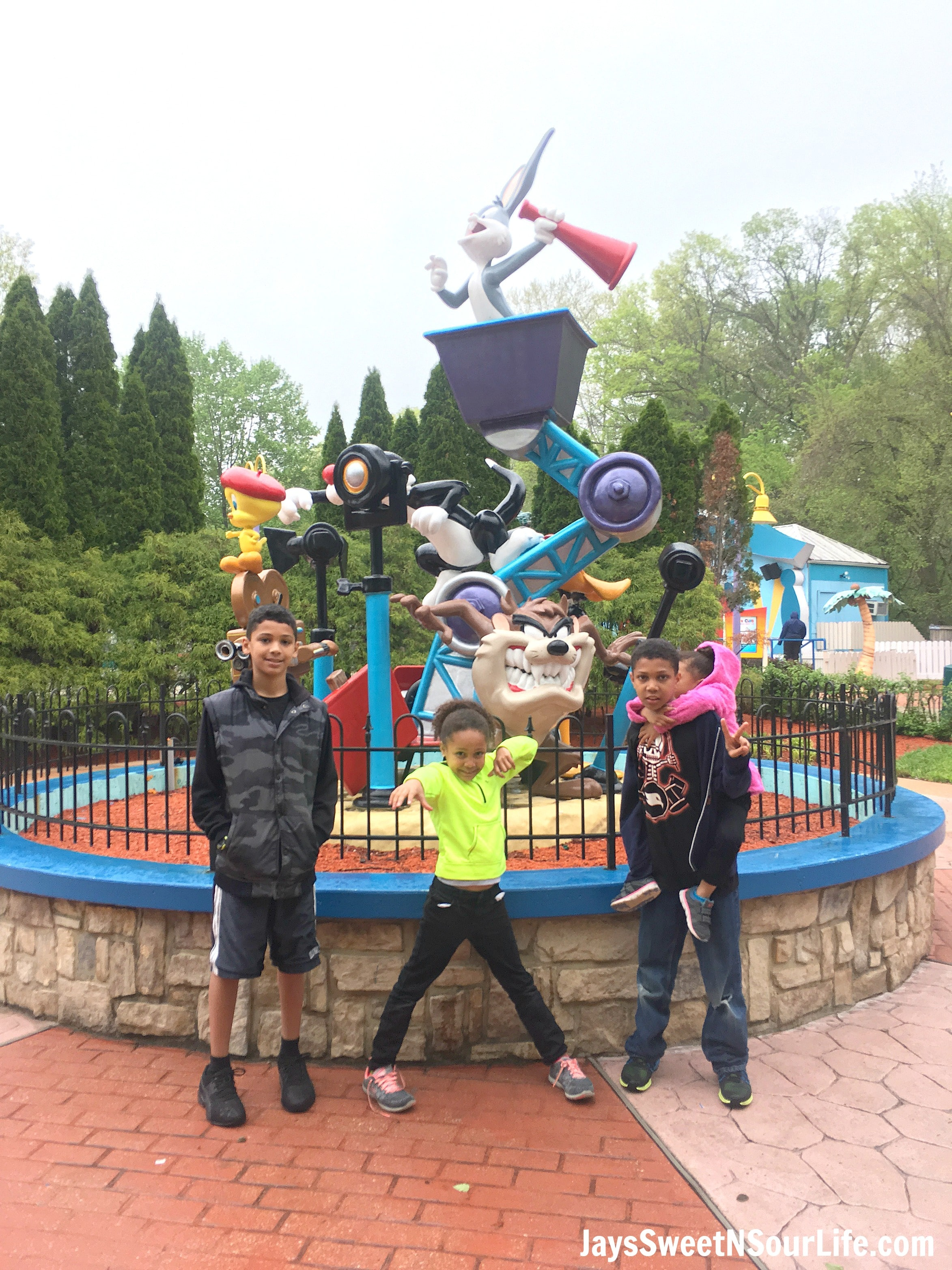 8 Tips For Rainy Day Fun At Six Flags America Kids Looney Toons. If you are planning a trip to Six Flags America and realized the weather calls for rain don't cancel your plans! These 8 Tips For Rainy Day Fun At Six Flags America will save the day.