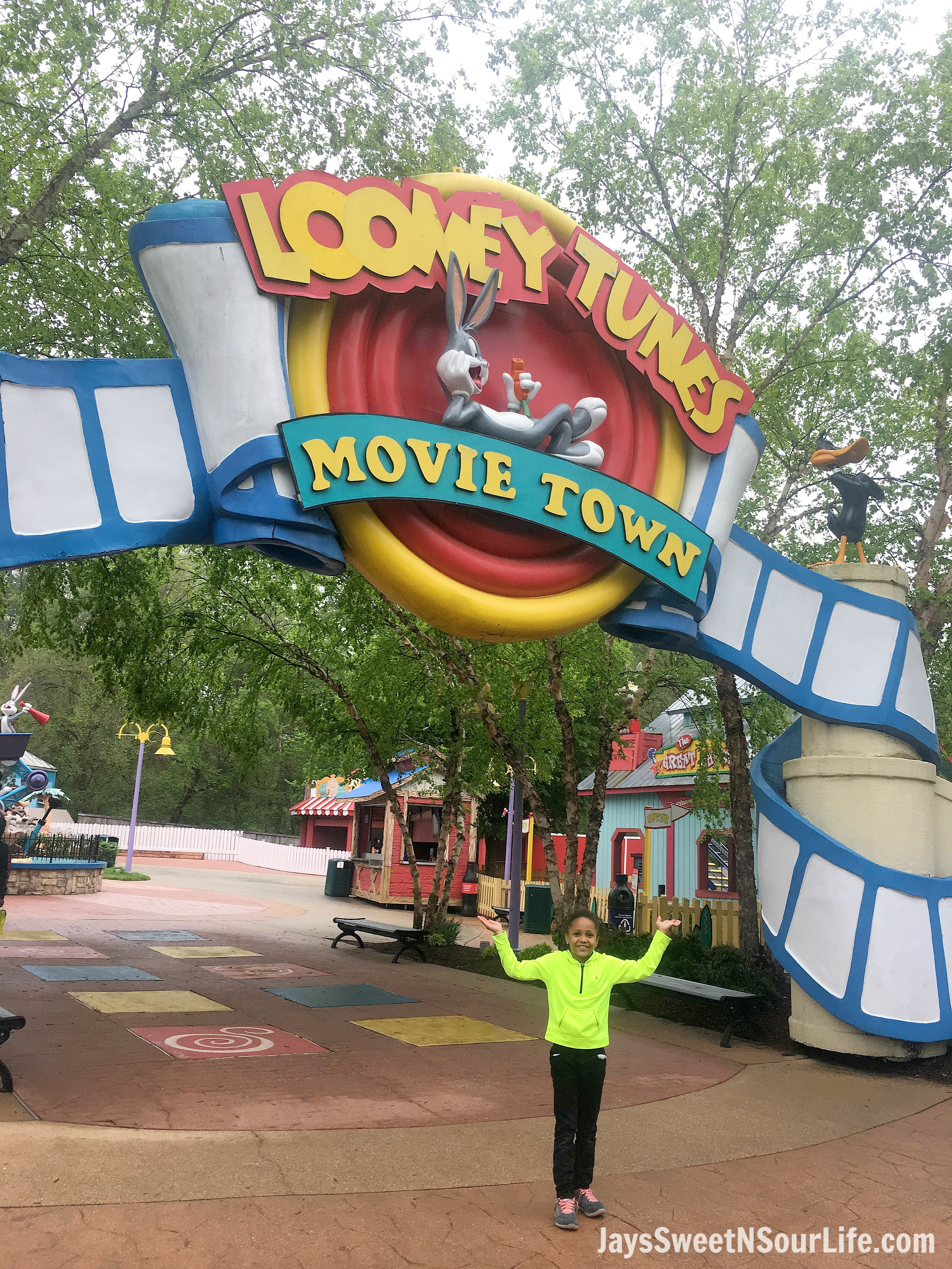 8 Tips For Rainy Day Fun At Six Flags America Looney Toons. If you are planning a trip to Six Flags America and realized the weather calls for rain don't cancel your plans! These 8 Tips For Rainy Day Fun At Six Flags America will save the day.