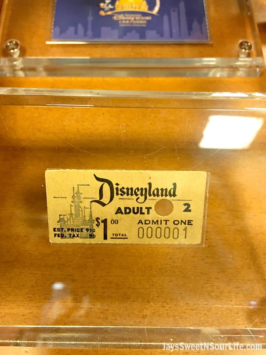 Sail the high seas with me as I adventure to Disneyland and ride the Pirate of the Caribbean ride for the first time in my life! Also, view my special visit to the Walt Disney Archive's where I got to hold Walt's golden globe award.