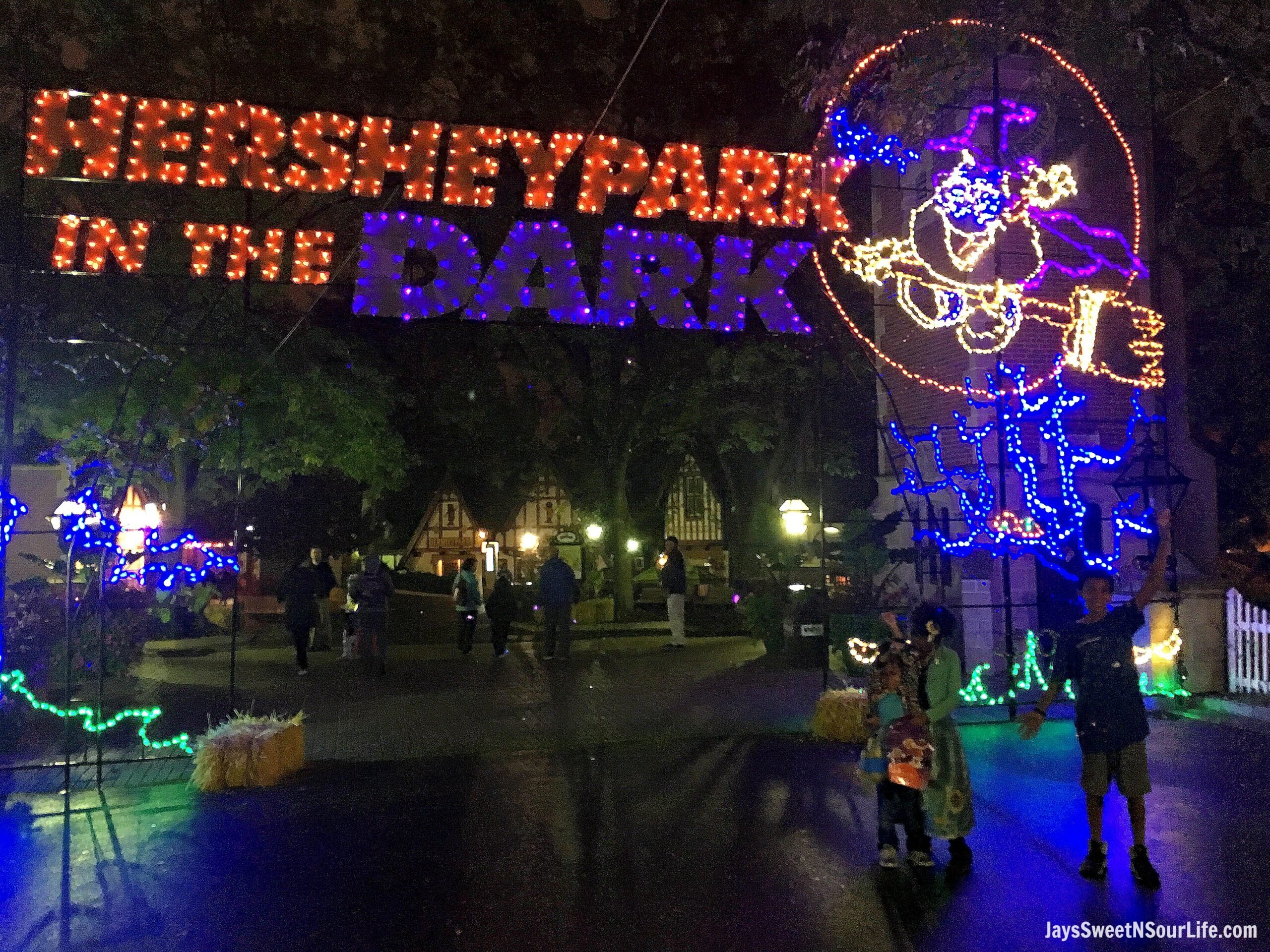 Halloween in Hersheypark – Hersheypark In The Dark – Creatures Of The Night® at ZooAmerica