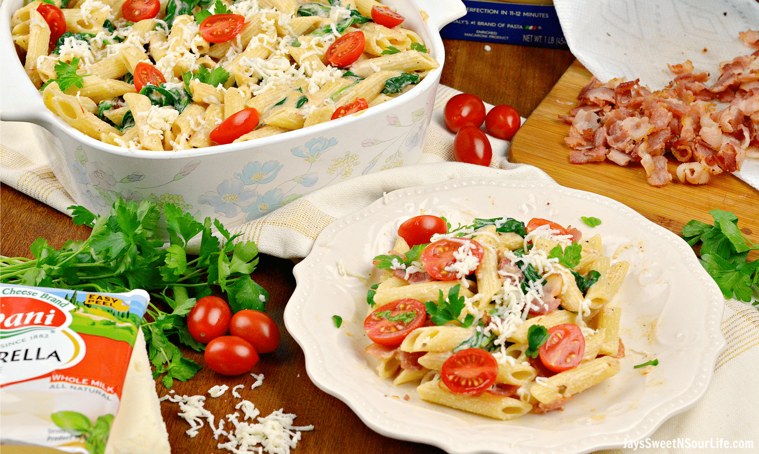 Cheesy Bacon and Spinach Penne Pasta Plate Pan. Treat your family this holiday season with a deliciously easy to make Cheesy Bacon and Spinach Penne Pasta. Perfect for any dinner time during the year. Shared via Jays Sweet N Sour Life.