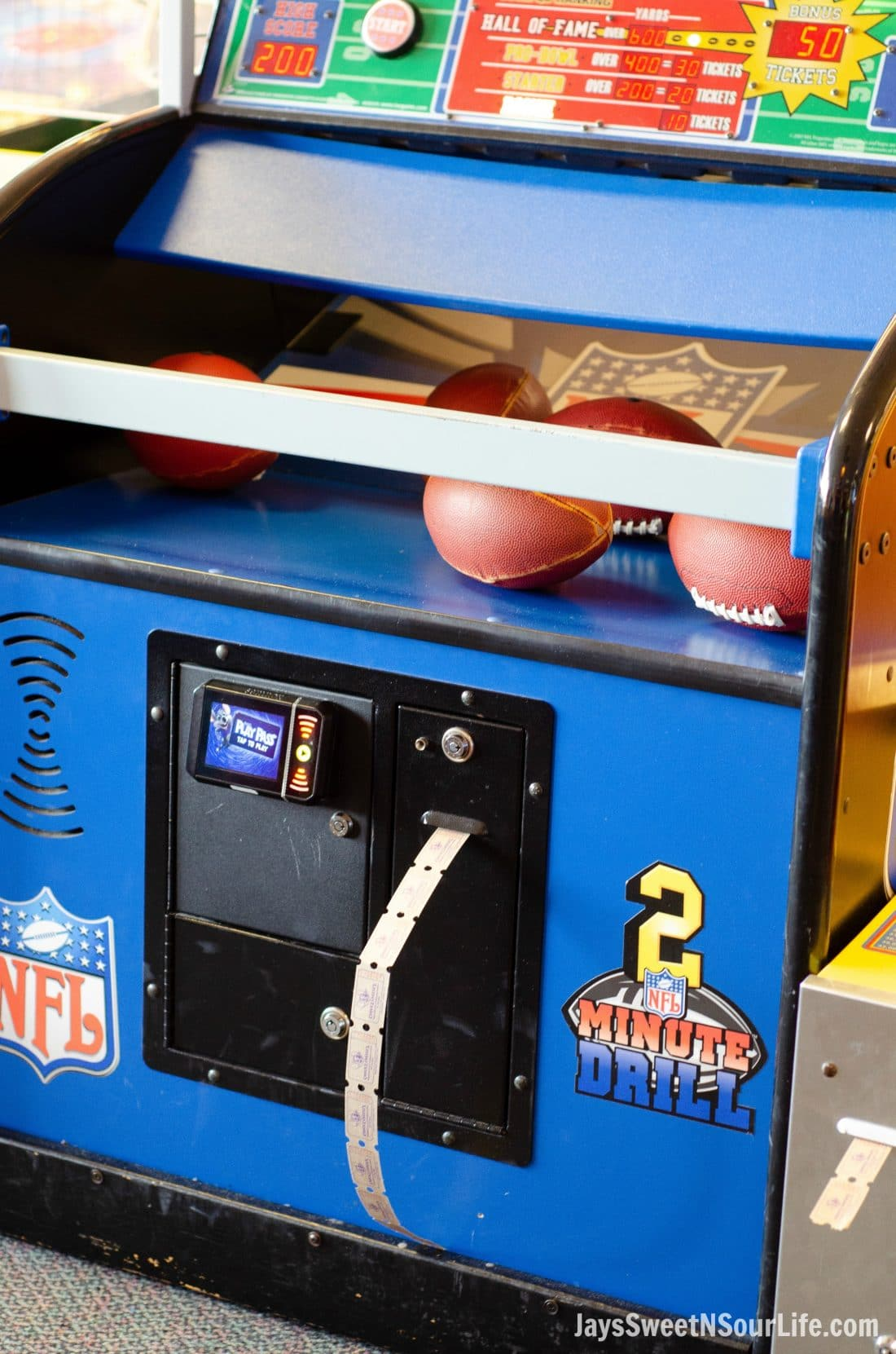 Chuck E. Cheese's games give out tickets which you can claim for prizes. The football game offers users the opportunity to play to win tickets.