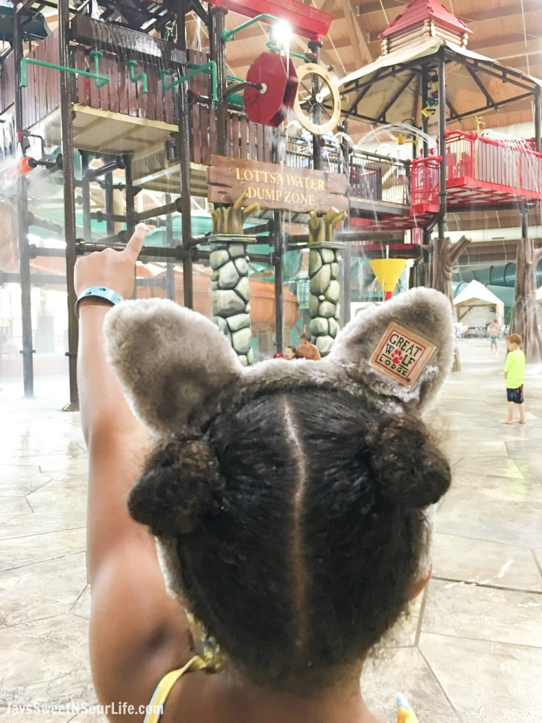 The Great Wolf Lodge - Cabarrus County Girls In Indoor Water Park. A Large Families Adventure Guide To Cabarrus County - North Carolina - via JaysSweetNSourLife.com.