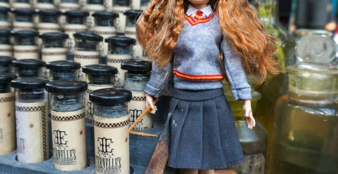A Magical Fun Time With Harry Potter™ Dolls
