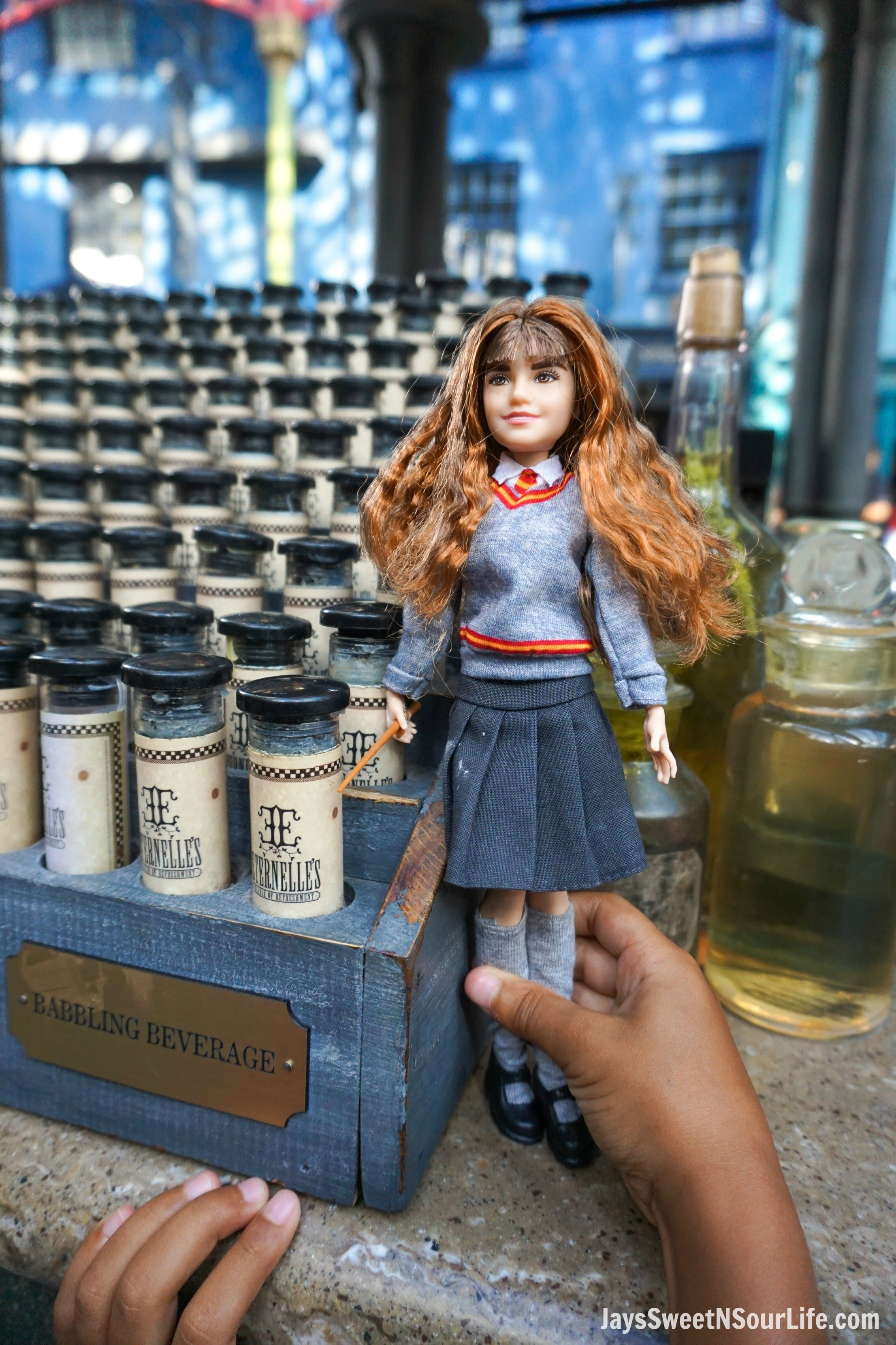 Harry Potter Dolls Hermione Playing Potions in Diagon Alley. Learn more aboutthese collectable Harry Potter Dolls at Jayssweetnsourlife.com .