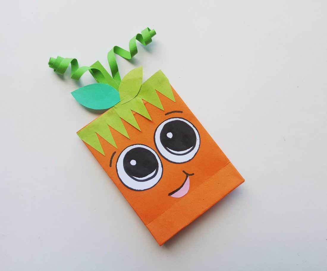 Pumpkin Trick or Treat Bag Step 6. These cute pumpkin trick or treat bags are perfect for Halloween themed class parties, easy to follow and fun to hand out to friends.