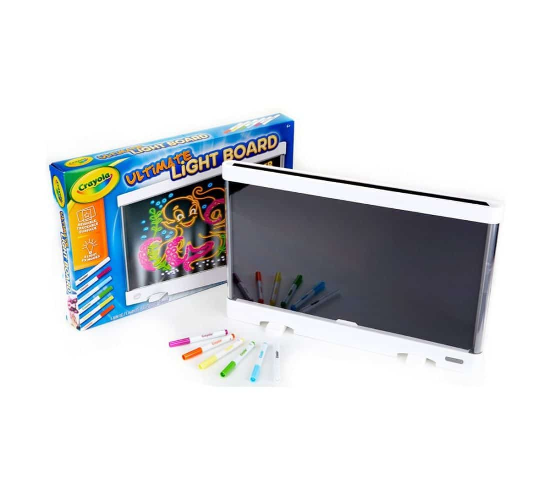 Put your art in Lights! With the Crayola® Ultimate Light Board you can create amazing art and display it in a big, bold way. Just draw your masterpiece directly on to the Light Board surface and turn it on. Watch your designs shine!
