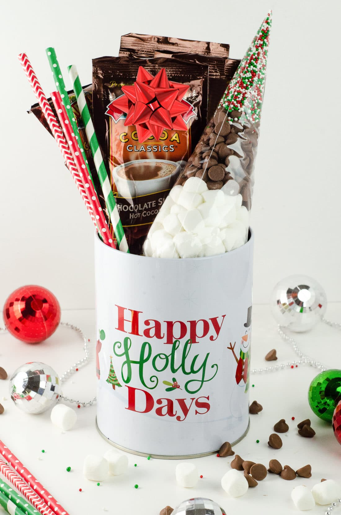 """Holiday Teachers Gift Ideas Hot Chocolate. Nothing says """"Happy Holidays"""" like a Holiday Teachers Gift. Read more about my three fun Holiday Teachers Gift Ideas for your family to try this holiday season."""