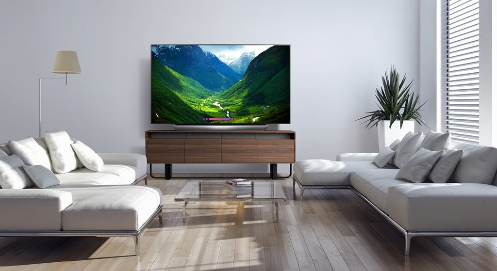 2018 77-inch LG OLED C8 Lifestyle. Bring the movie theater experience home with this 77-inch LG OLED television. Its advanced HDR enhances each scene to 4K quality, and its Intelligent Processor maximizes picture quality by producing images with rich colors, sharpness and depth.