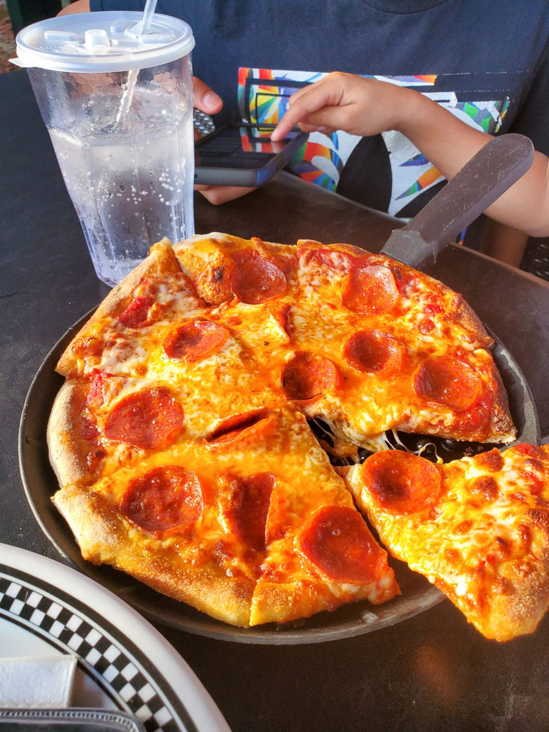 Big Daddy's Pizzeria Pepperoni Pizza. This is not your average pizza pie!At the heart of Big Daddy's is a 550 degree, wood-fired flame inside of a one-of-a-kind brick oven. Read all about why this freshly made pizza is my families go to pizza joint in Pigeon Forge, TN.