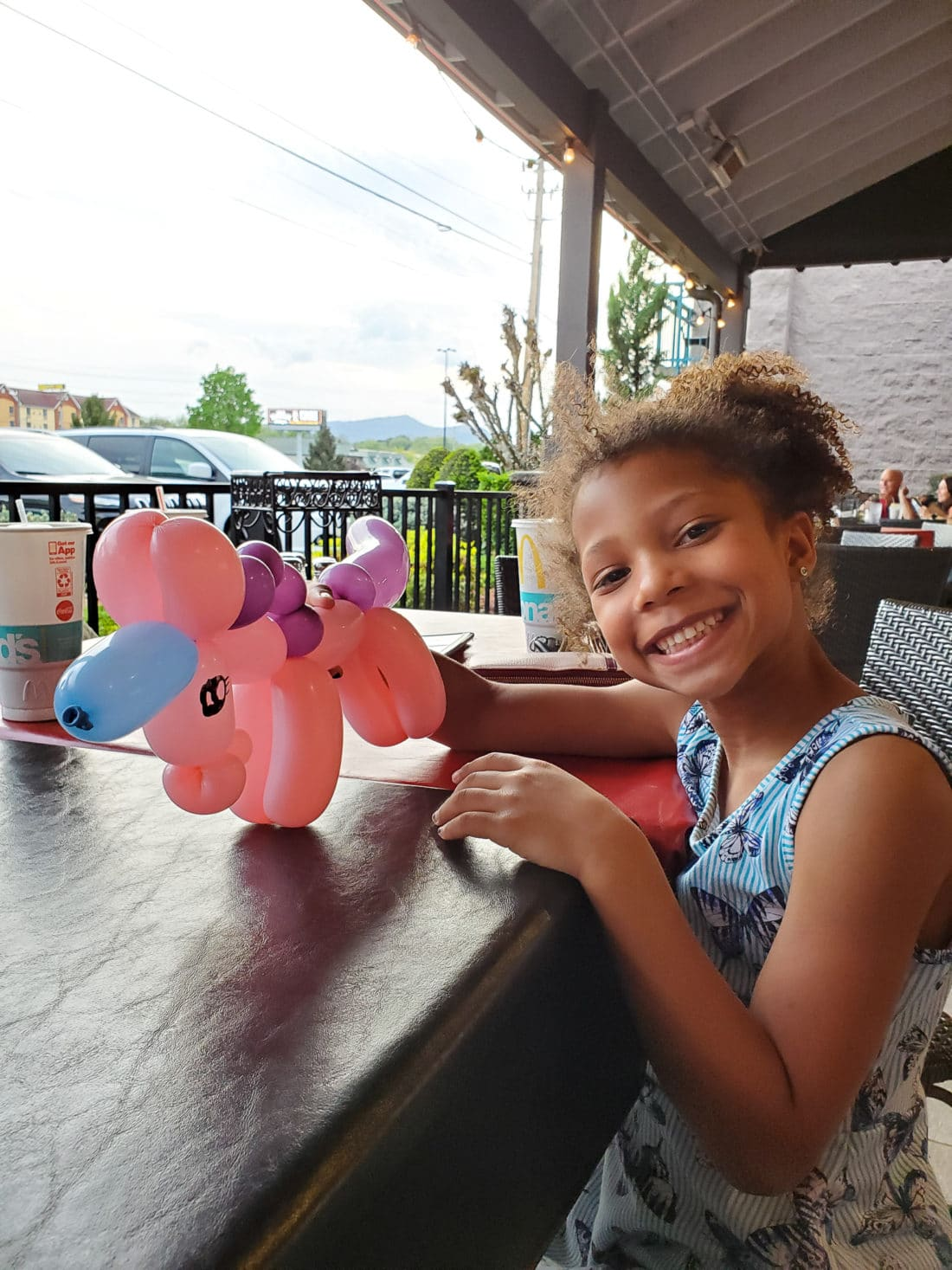 Big Daddy's Pizzeria Balloon Animals. This is not your average pizza pie! At the heart of Big Daddy's is a 550 degree, wood-fired flame inside of a one-of-a-kind brick oven. Read all about why this freshly made pizza is my families go to pizza joint in Pigeon Forge, TN.