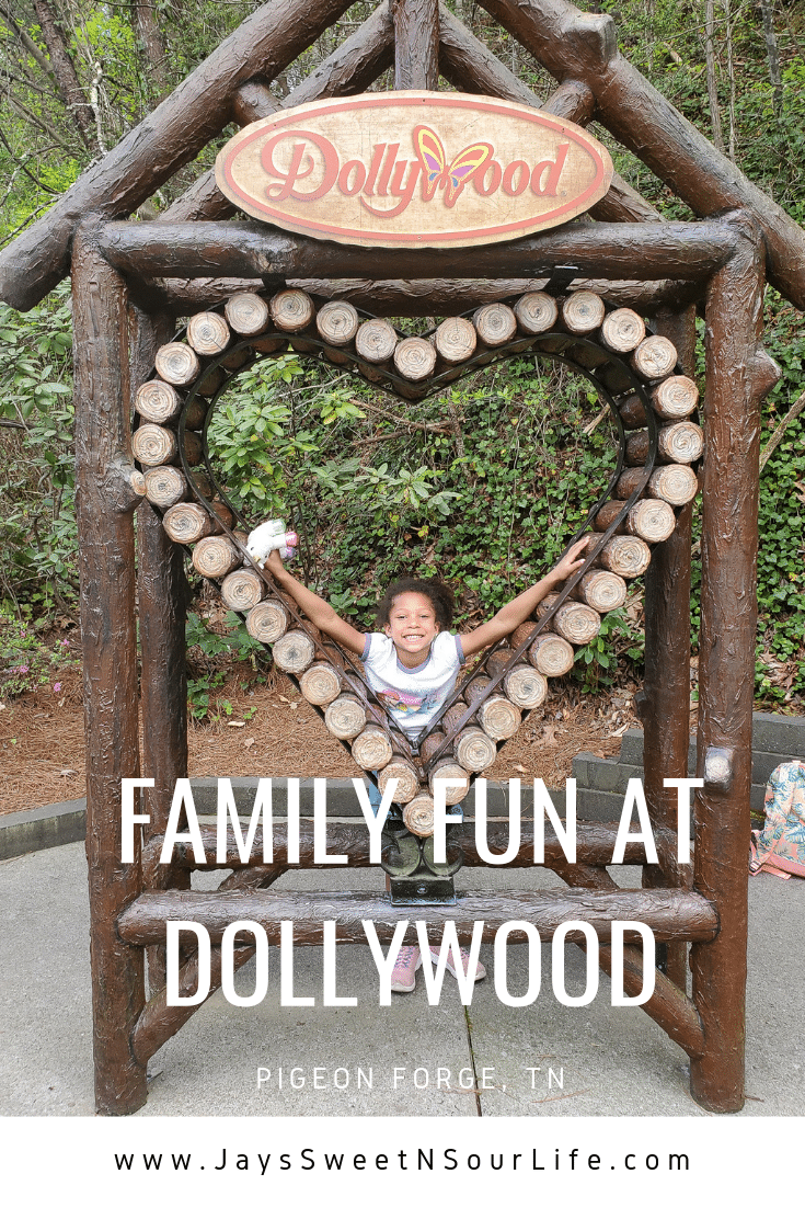 Family Fun at Dollywood in Pigeon Forge, TN. My family spent the day playing and eating at the Dollywood theme park, and we are happy to report we had a blast! Read all about our trip and learn why Dollywood is a must visit destination while you are in Pigeon Forge, TN.