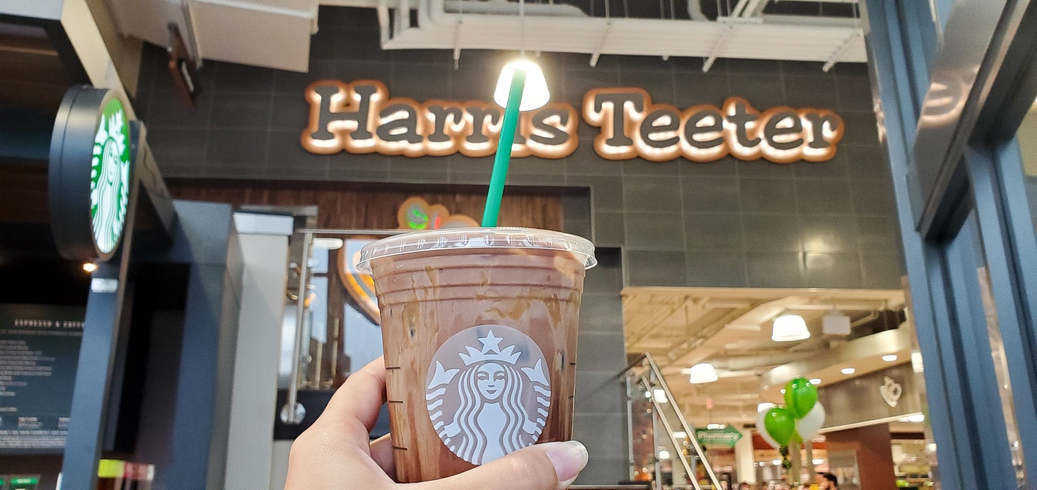 Harris Teeter Starbucks. If your family is as busy as mine, then the Fresh Foods Market is a great place for you to grab freshly made meals and snacks. There is something for the whole family in this section, everything from Store-made Pizza to hand-rolled sushi.