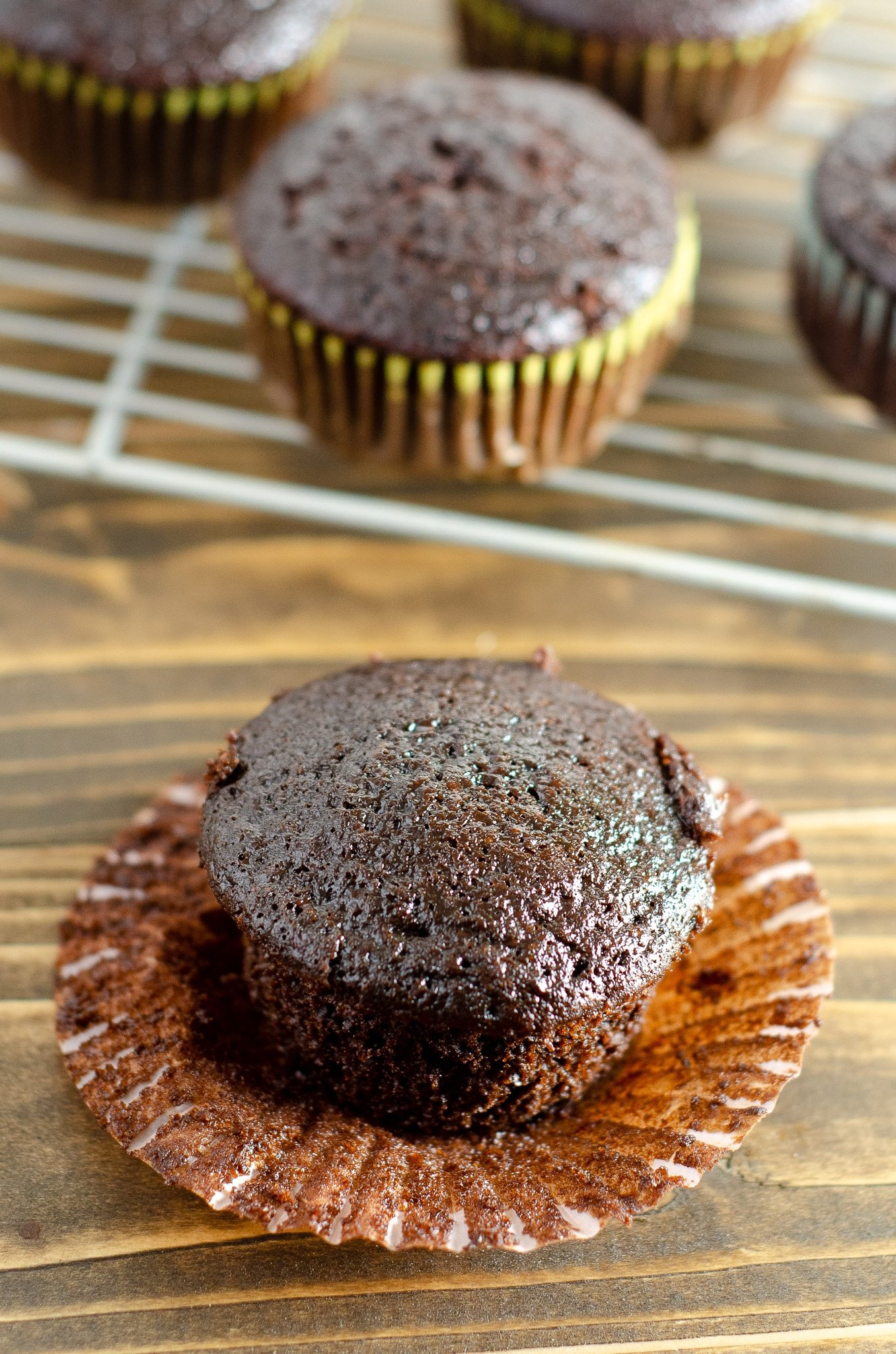 Chocolate Cupcake Table. Sink your teeth into a childhood favorite cupcake that is as easy to bake as it is to eat. My Chocolate cupcakes with Chocolate Buttercream frosting and marshmallow creme filling will make the kid in you cheer.