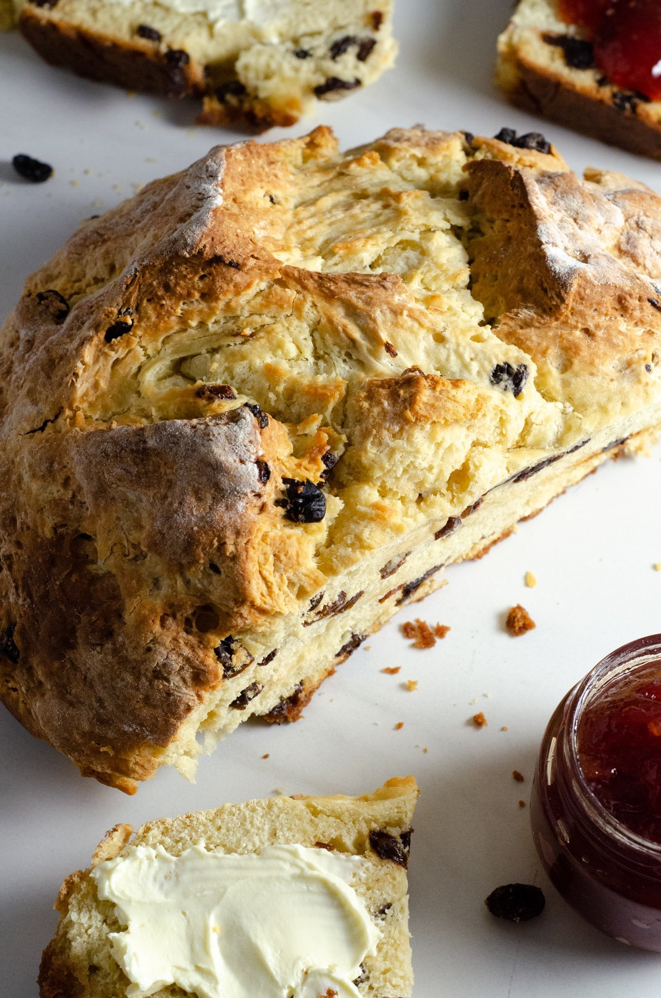 Irish Soda Bread Loaf. This Irish Soda Bread is a quick and easy bread recipe you can whip together and spoil your family with. Also known as quick bread, It's a no yeast bread recipe that will take over your home with the sweet smell of fresh-baked bread.