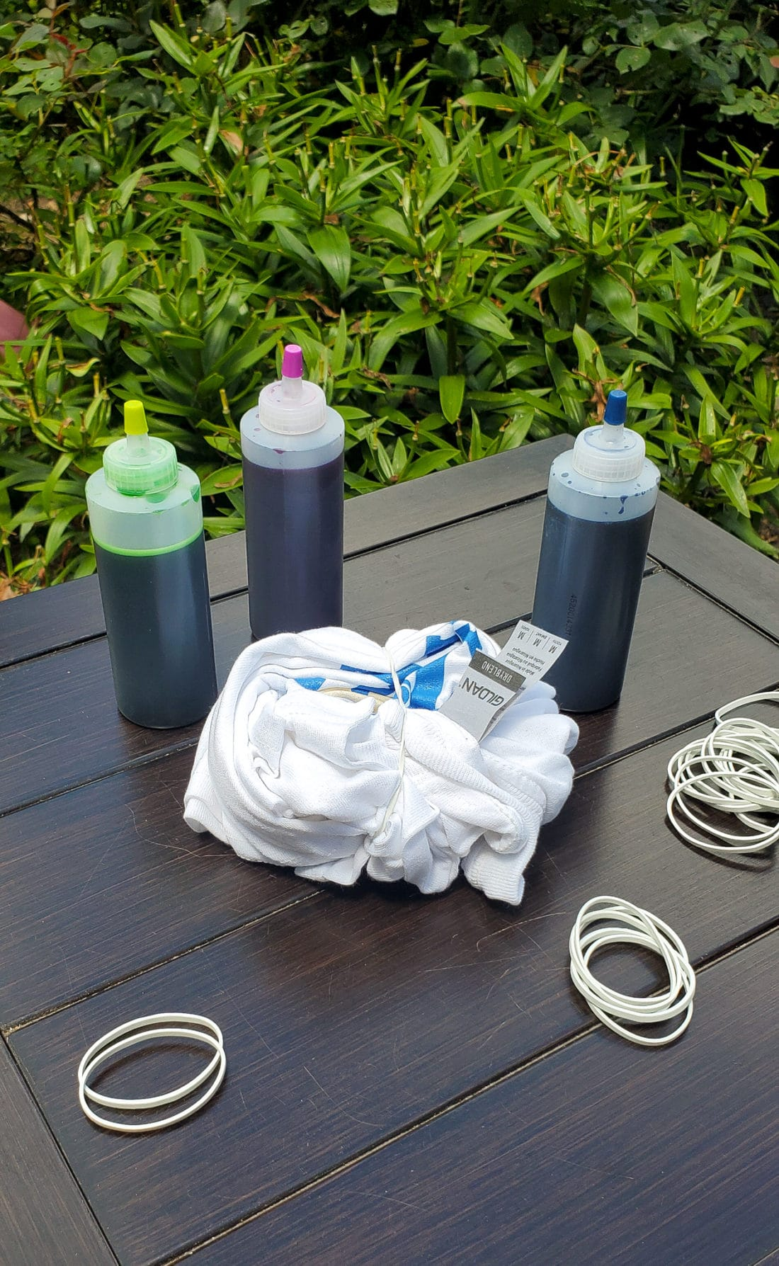 Camper Warner Bros. Tie-Dye Camper Shirts Step 4. Join us as we adventure through 8 weeks of Virtual Camp Warner Bros. Each week will feature a new fun family friendly activity and a Warner Bros. Show or Movie. This week featured a Camper Shirt Tie-Dye activity.