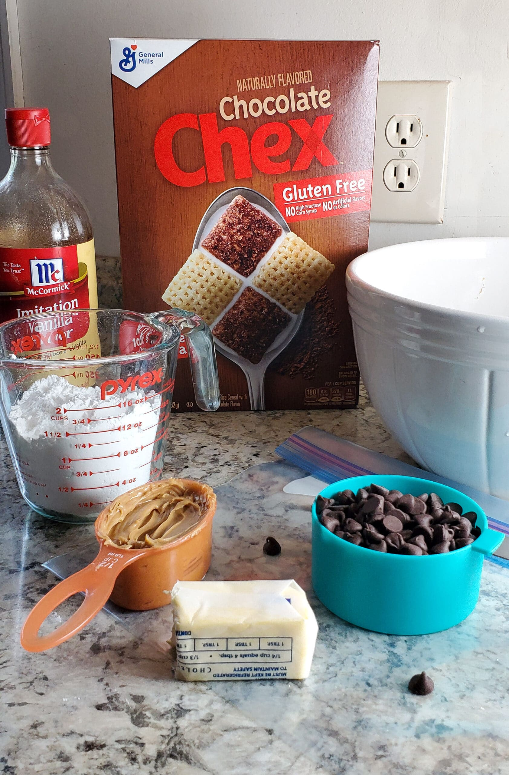Scooby Snacks Ingredients. If you enjoy solving a good old mystery with your favorite gang of meddling kids, then you will love this Scooby Snack Recipe. It's full of chocolate, peanut butter and is said to be Scooby's favorite snack when he watches movies.