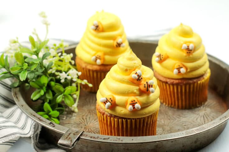 Bumblebee Honey Cupcakes with Honey Cream Cheese Frosting. These Bumblebee Honey Cupcakes with Honey Cream Cheese Frosting are insanely delicious. Made with a touch of honey and cinnamon, these bumblebee inspired cupcakes are almost too cute to eat.