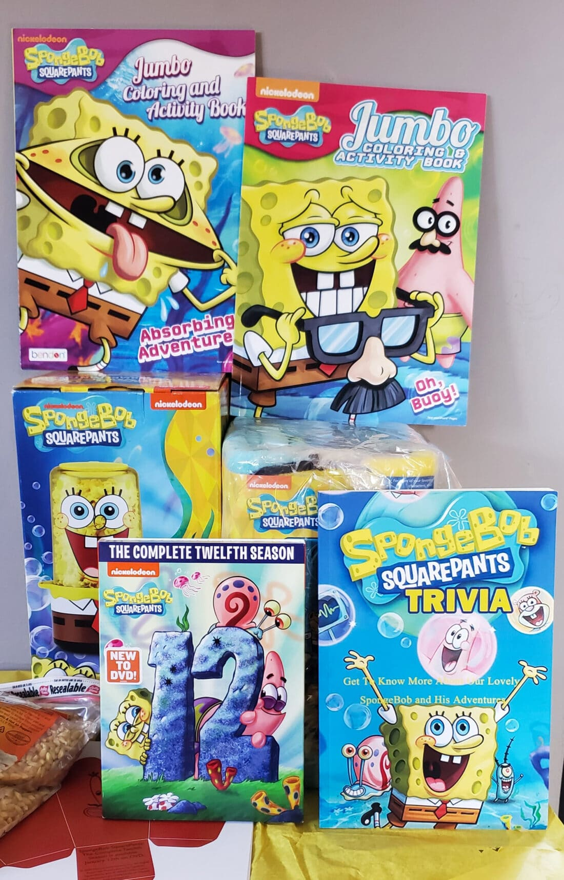 Who lives in a pineapple under the sea? SpongeBob SquarePants! Follow the adventures of this enthusiastic, optimistic sponge whose good intentions inevitably lead him and his friends into trouble, even after 12 seasons!